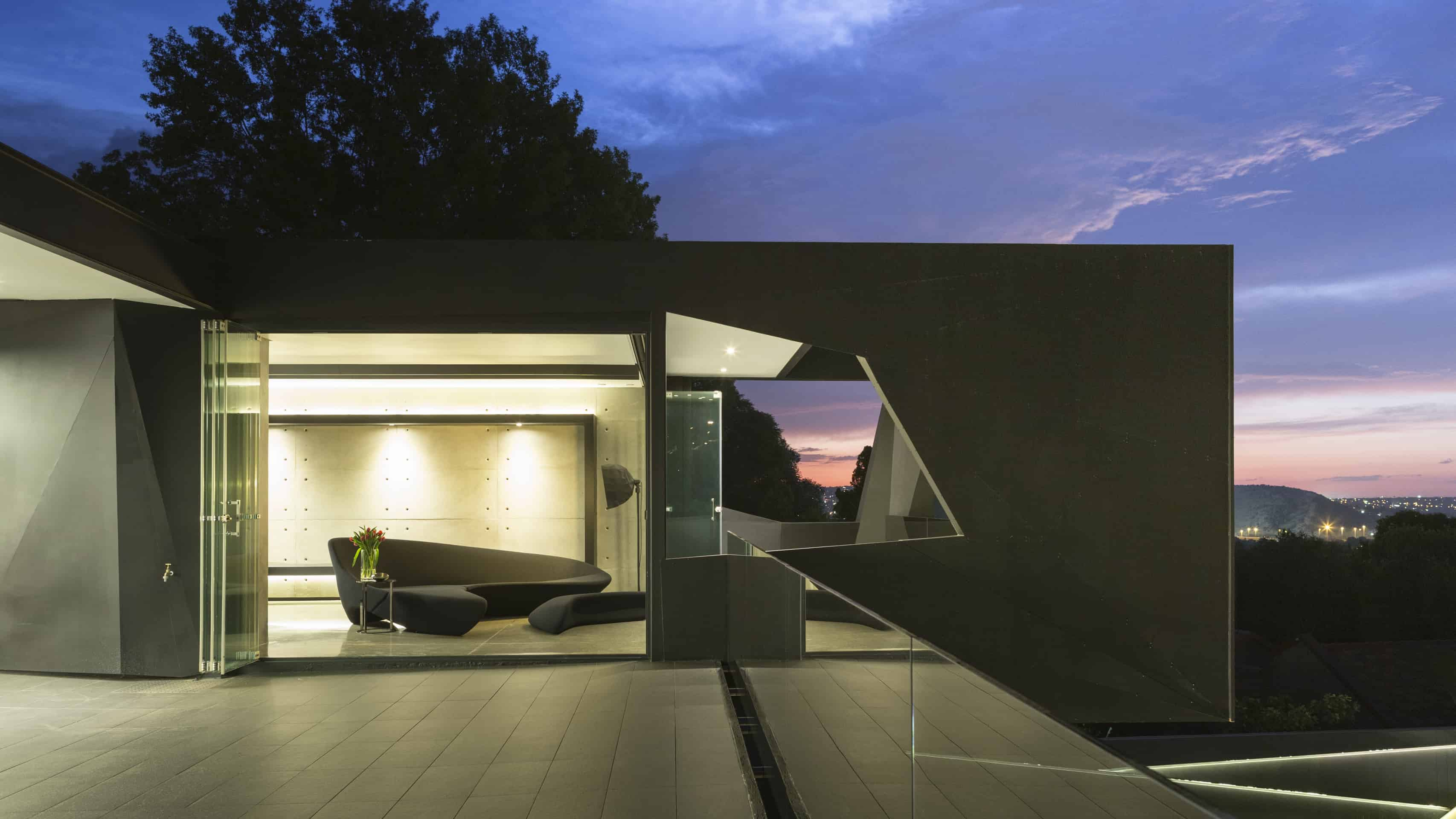 Kloof Rd by Nico van der Meulen Architects 40