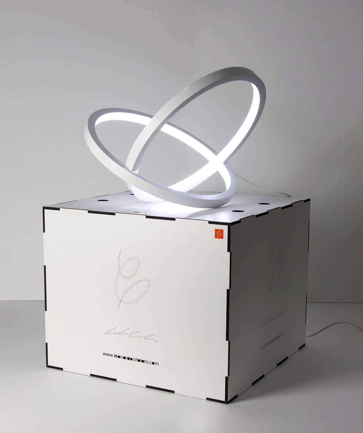 INFINITY - sculptural lamp & packaging